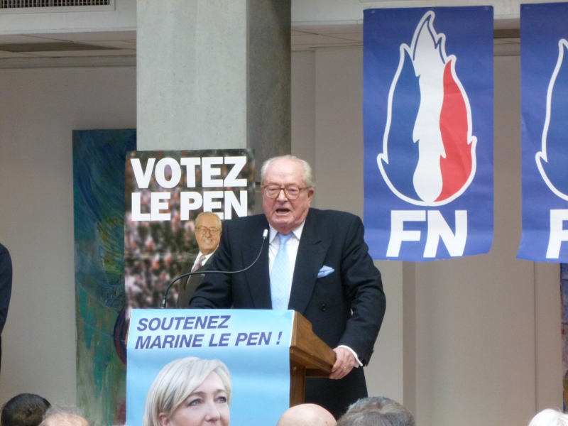Photo of QUAND  J-M LE PEN LANCE LA CAMPAGNE DE SA FILLE DANS LE GARD