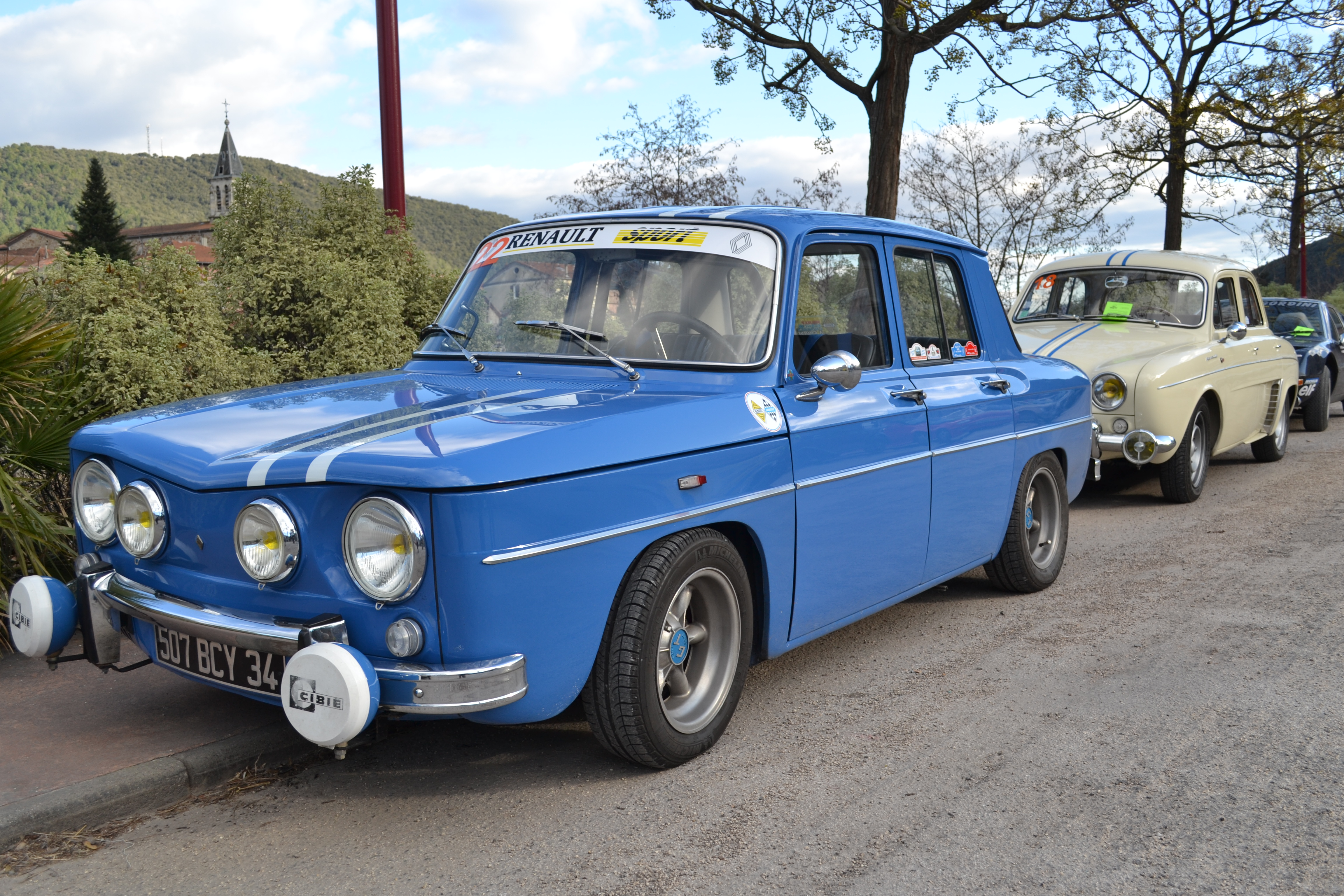 renault 4cv little french classic car i would pootle around french country lanes in this so. Black Bedroom Furniture Sets. Home Design Ideas