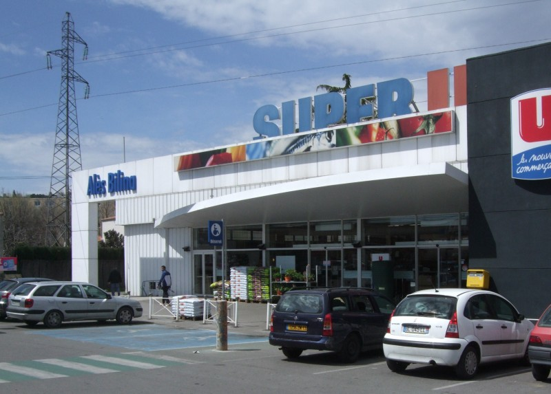 supermarché intermarché le sequestre