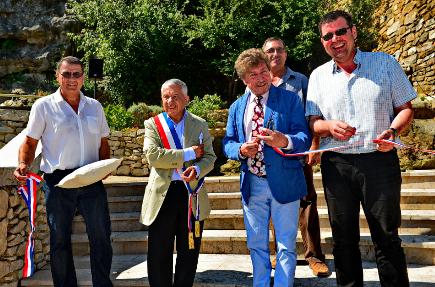 Photo of TRESQUES. Damien Alary inaugure « Les jardins André Boissin »