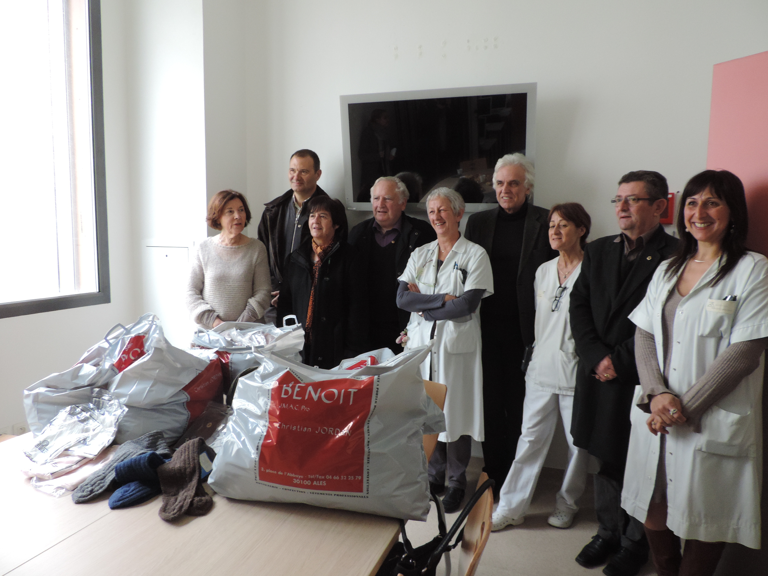 Photo of ALÈS Un don de sous-vêtements pour les patients démunis