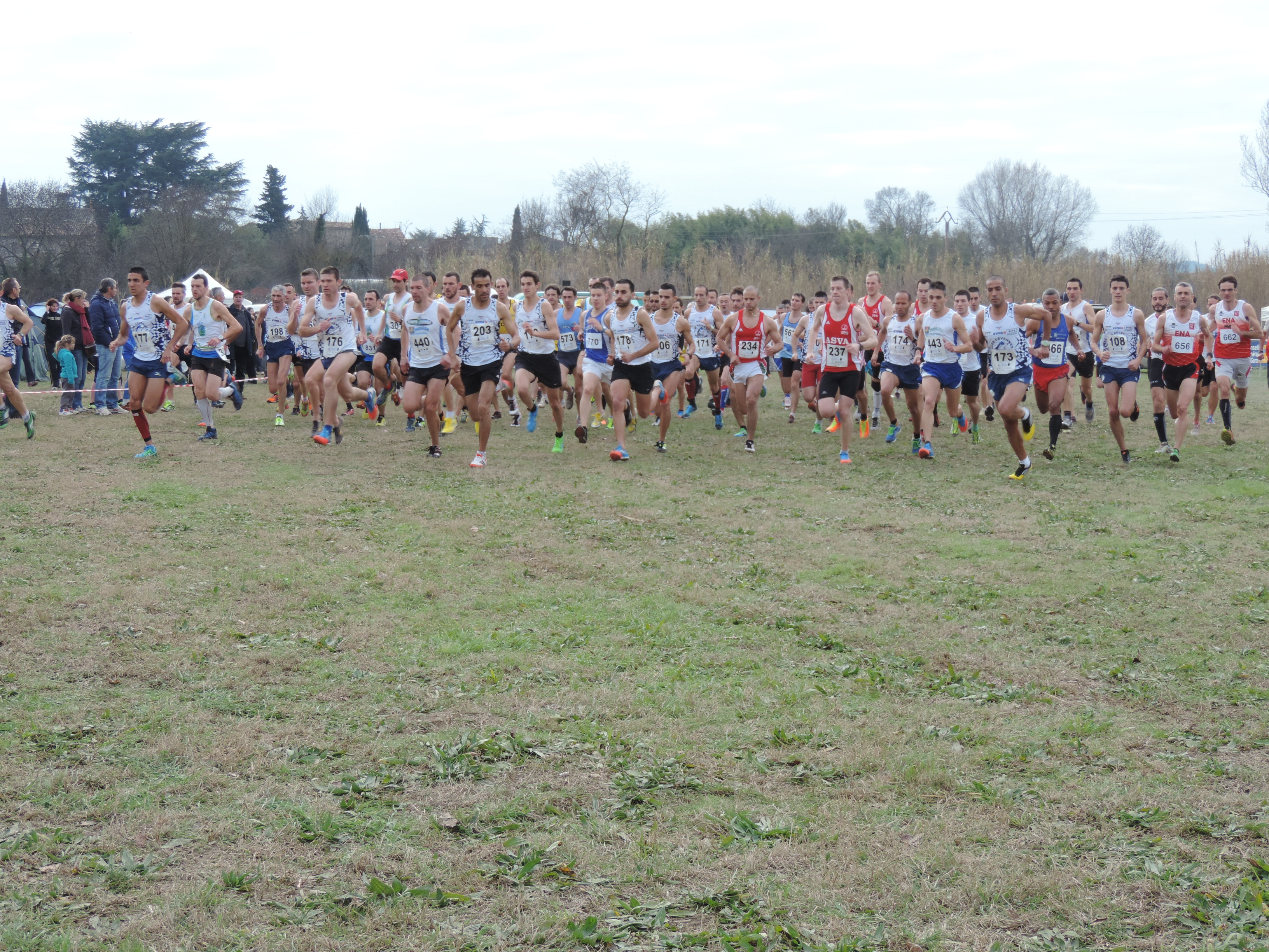 Photo of CROSS OPEN Un millier de coureurs et les champions du Gard au Lac d'Atuech
