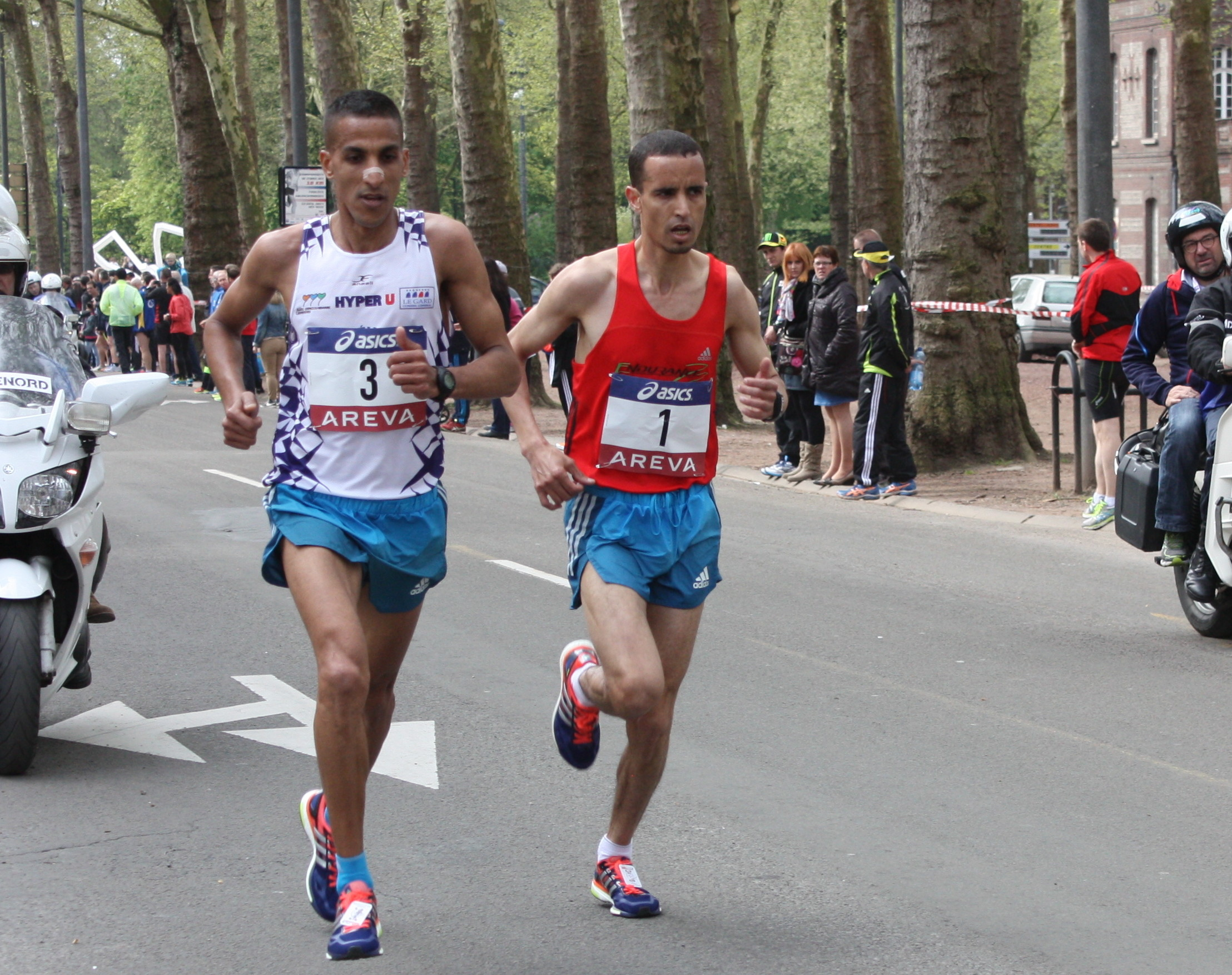 Photo of ALES ATHLETISME. Ben Lkhainouch, champion de France du 10km
