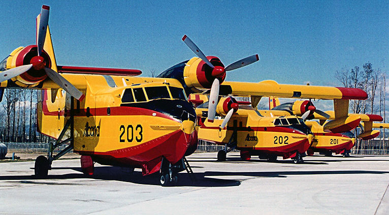 Canadairs. DR