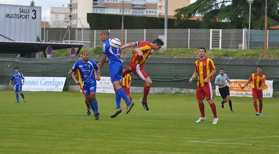 FOOTBALL Alès bat Arles-Avignon 2-1