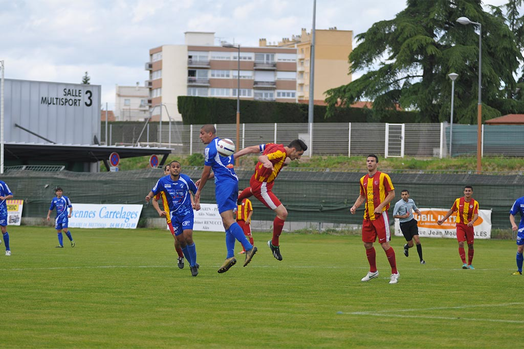 ALÈS FOOTBALL L'OAC bat Uzès 3-2 en coupe de France