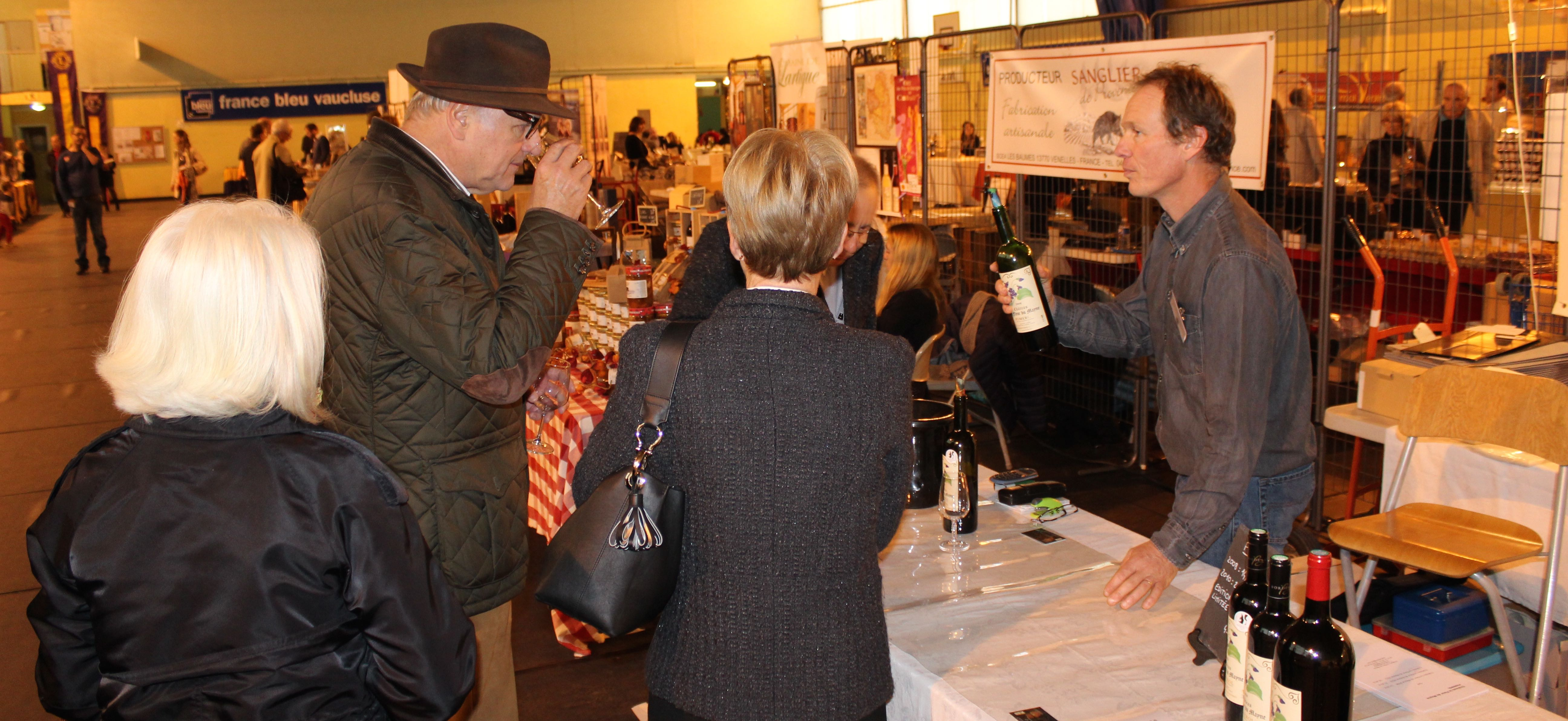 Photo of VILLENEUVE En images : le 1er Salon des Vins et des Gourmets bat son plein