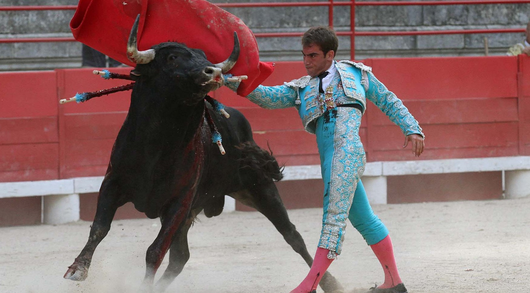 Photo of BEAUCAIRE Feria du toro : Manolo Vanegas domine sans trophée