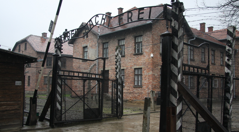 Auschwitz (Photo Archives Anthony Maurin : ObjectifGard)