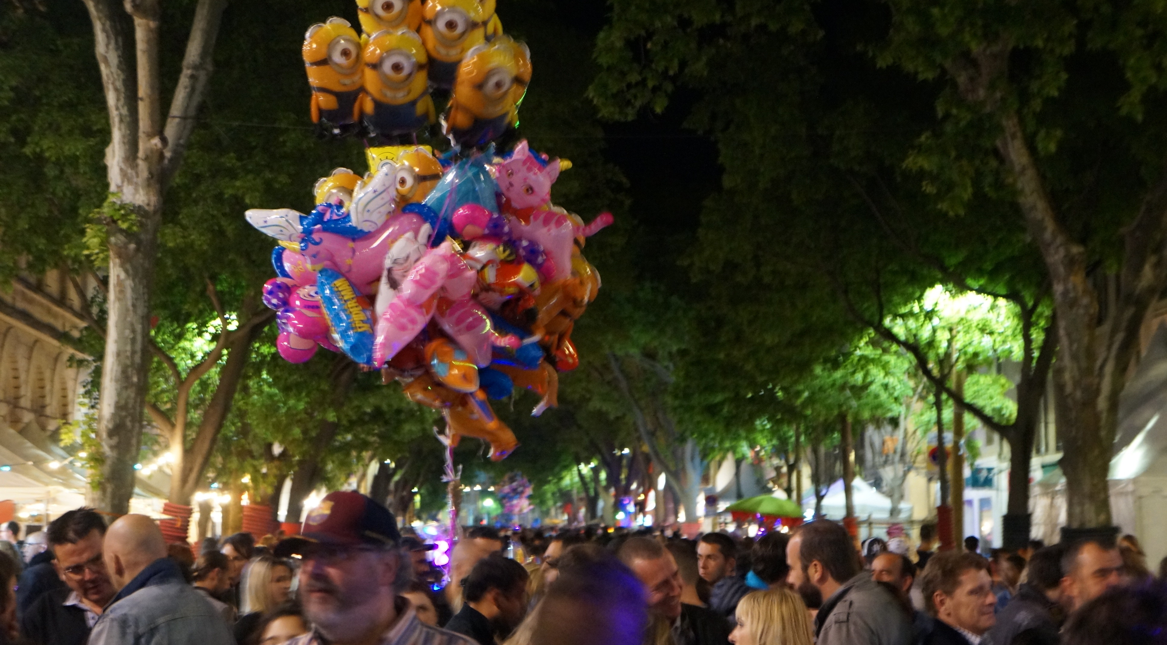Photo of NÎMES EN FERIA En images : un vendredi soir frisquet