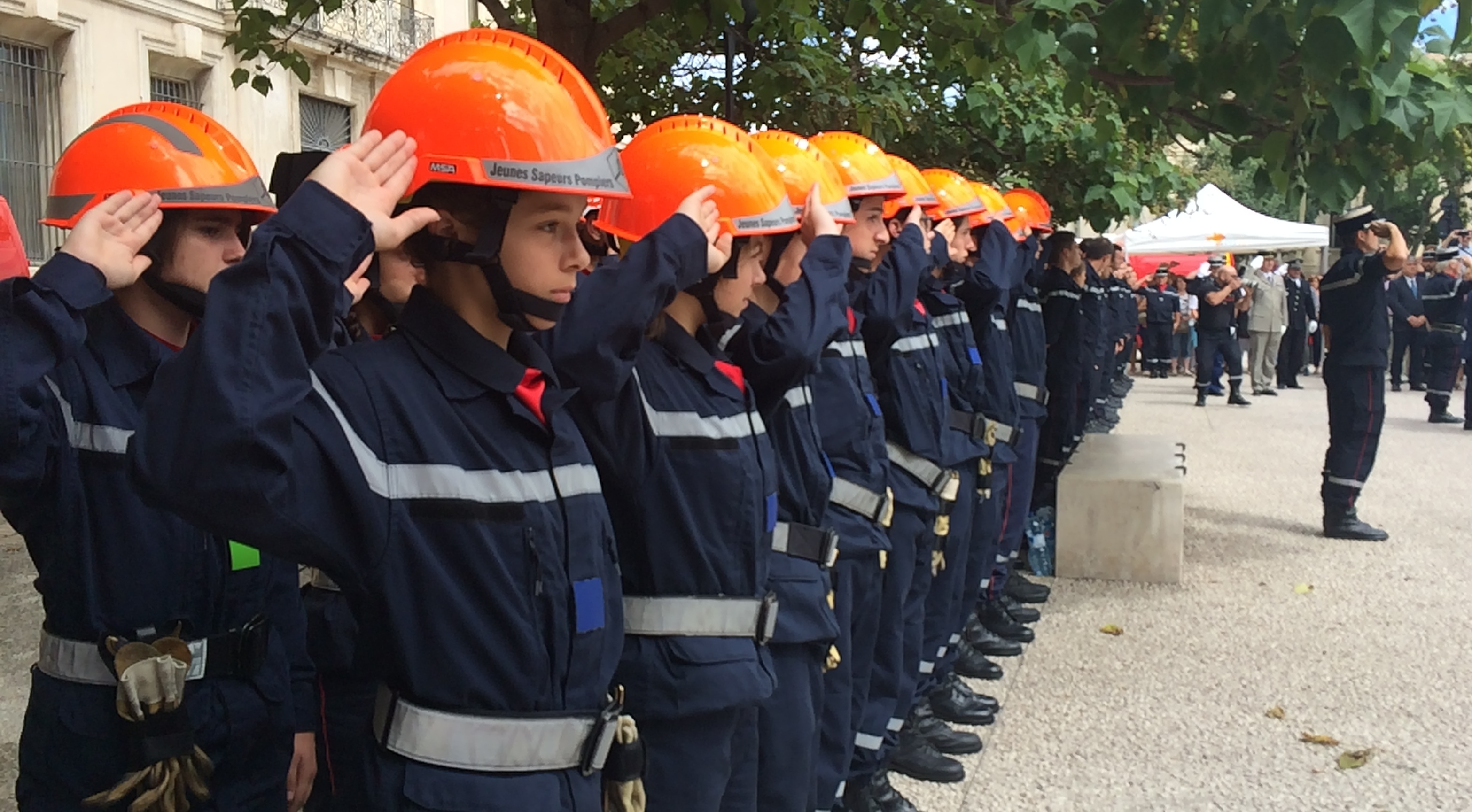 Photo of GARD Calendrier des pompiers : attention aux démarchages frauduleux