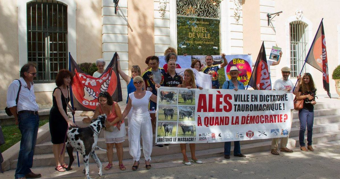 Photo of ALÈS Un périple de 2 700 kms contre la corrida
