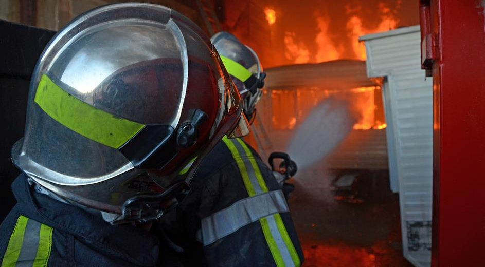 Photo of ST-VICTOR-LA-COSTE Un garage automobile en feu, 40 sapeurs-pompiers sur place