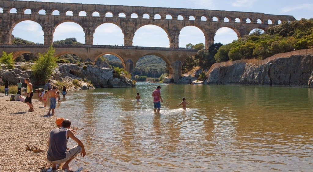 Photo of TOURISME Le département et le Pont du Gard limitent la casse
