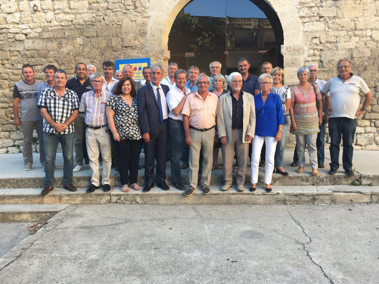 Photo of UZÈS Denis Bouad en visite sur son territoire