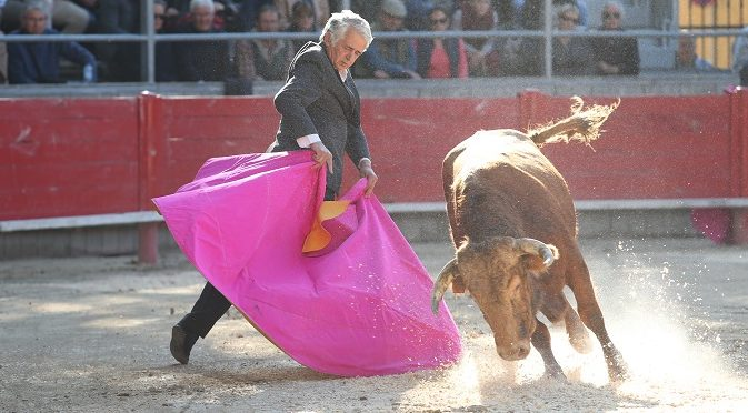 Photo of TOROS Robert Pilès suit Simon Casas à Madrid