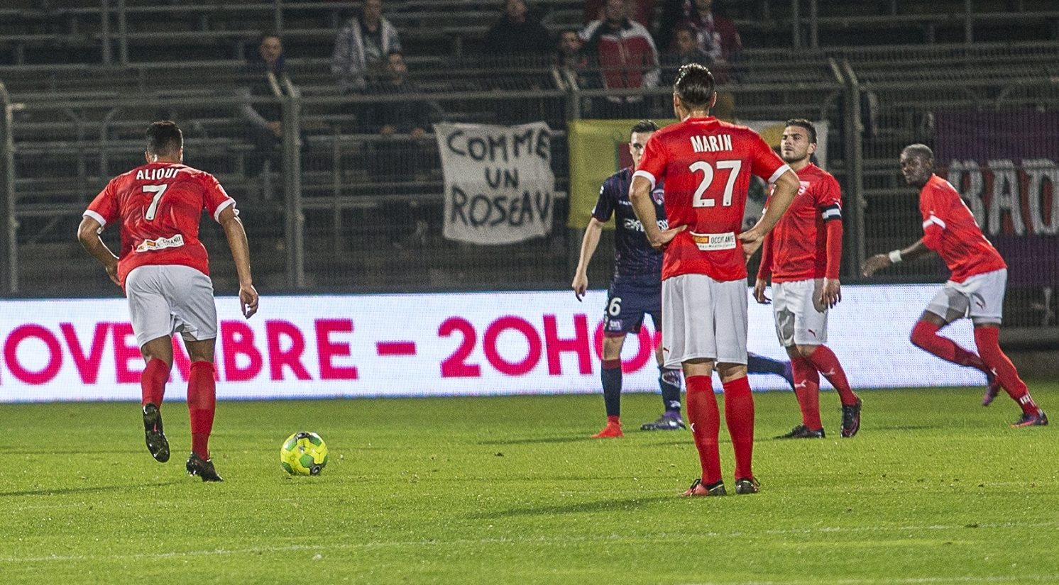 Photo of NÎMES OLYMPIQUE Le football Champagne réussit aux Crocos