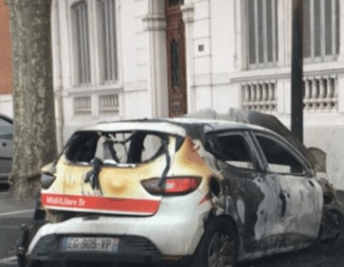 voiture-incendiee-ml-080117