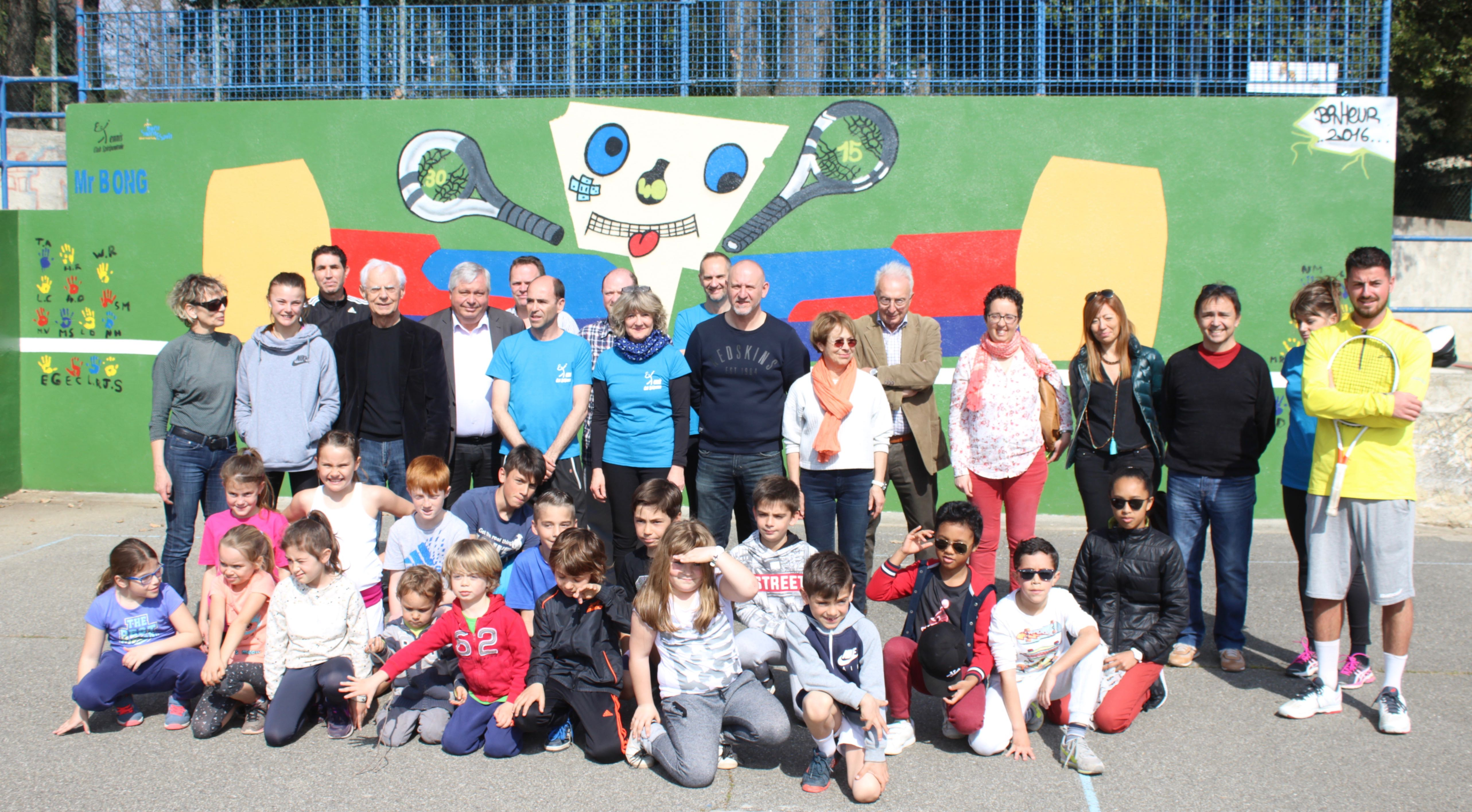 Photo of PONT-ST-ESPRIT « Mr Bong », le mur intelligent du Tennis club spiripontain
