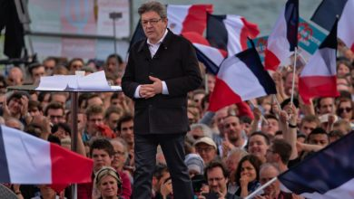 Photo of EUROPÉENNES Jean-Luc Mélenchon en meeting à Nîmes le 5 avril