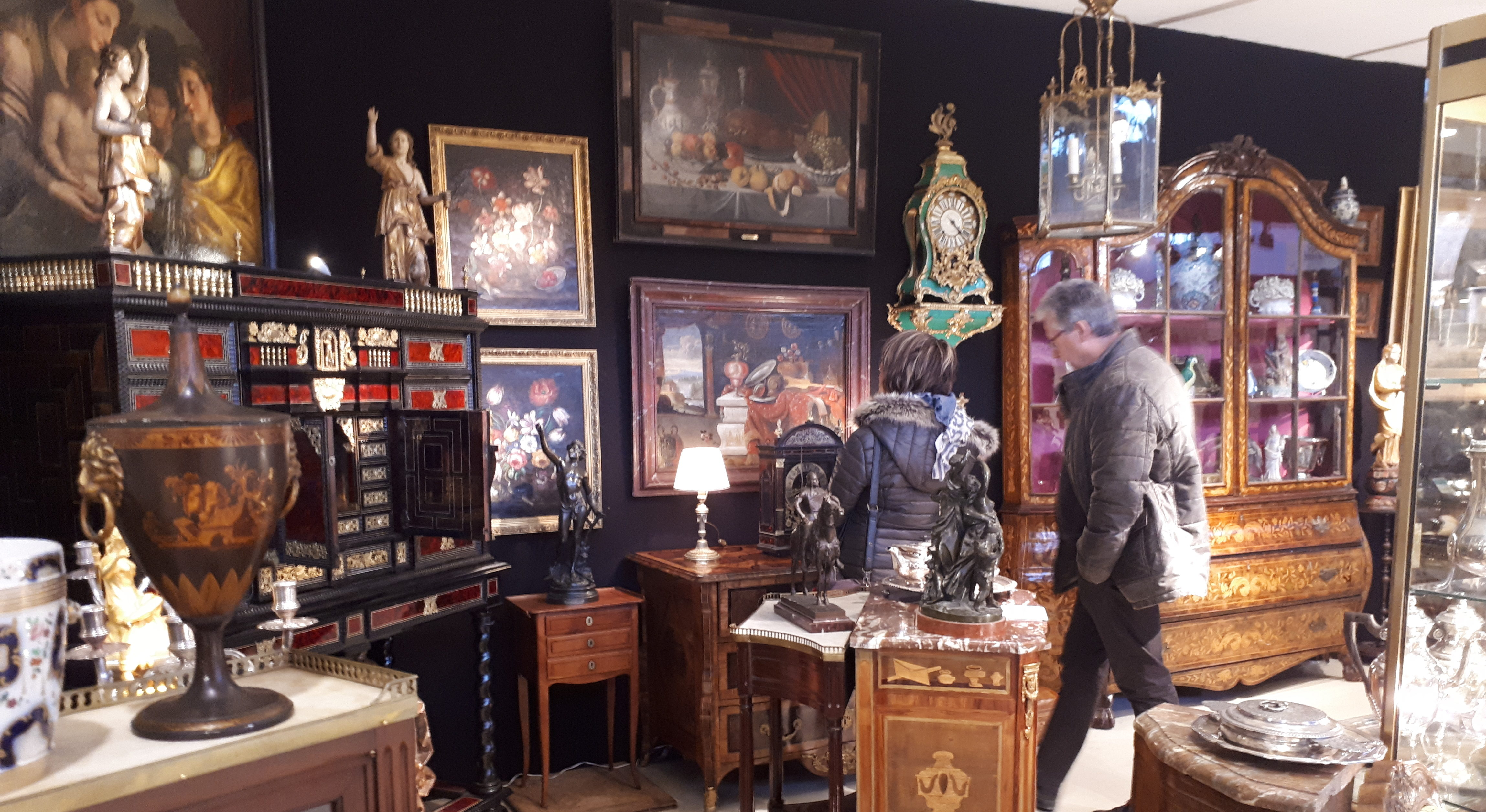N mes salon des antiquaires la bonne affaire avant les for Salon antiquaires 2017