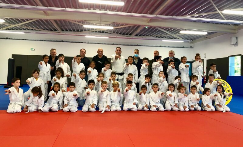 JONQUIÈRES-SAINT-VINCENT First season of the karate college sponsored by Mario Marcou